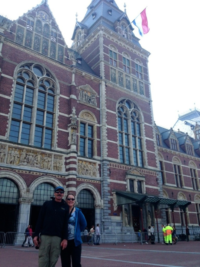 My parents in front of the Rijksmuseum
