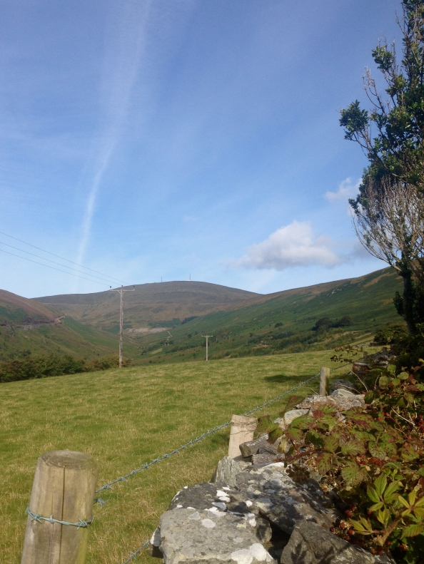 First view of Snaefell on the trail